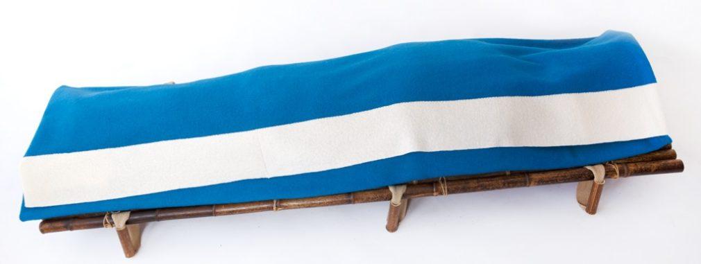 Blauwe Manta wade met witte streep van Atelier Alewijn smal