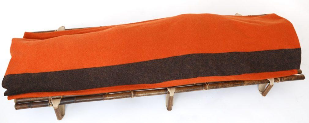 Oranje Manta wade met bruine streep op Bambu Negro Atelier Alewijn 2